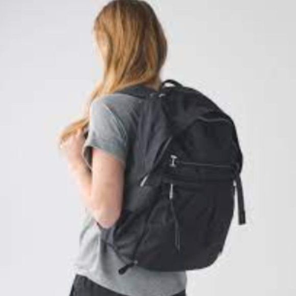 LULULEMON Pack it up backpack black